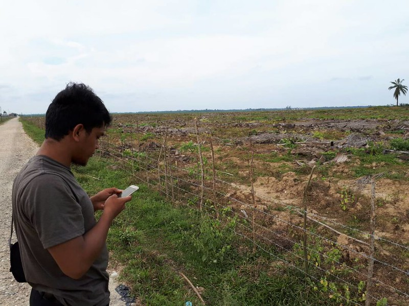 A community group in Aceh, Indonesia uses Forest Watcher to monitor deforestation